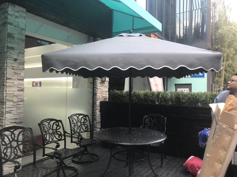 大型户外遮阳伞脏了以后如何清洁