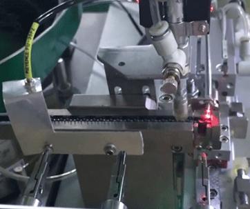 四轴绕线机设备-自动绕线包胶