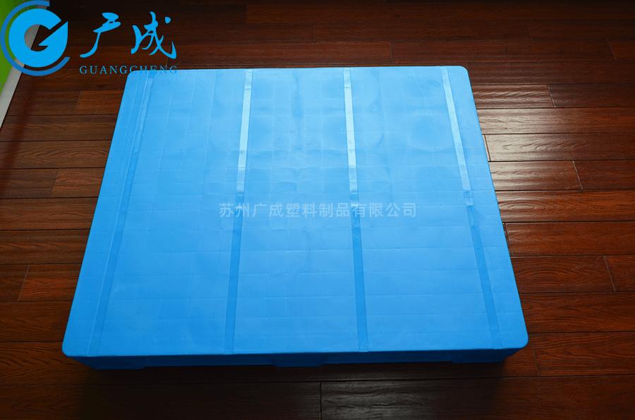 1210E焊接平板川字塑料托盘面部加钢管