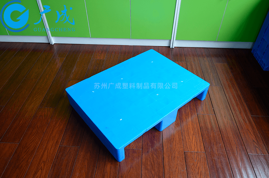 8060平板川字塑料托盤正面