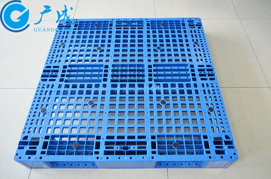 1212網格川字塑料托盤正面