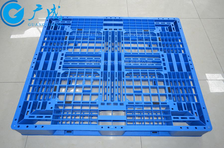 1311網格田字塑料托盤正面