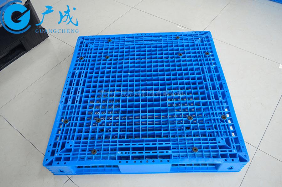 1111網格塑料托盤面部橡膠防滑墊