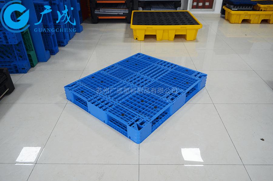 1311網格雙面塑料托盤45°特寫