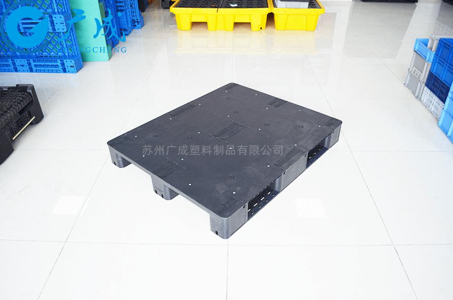1210平板川字導電塑料托盤特寫