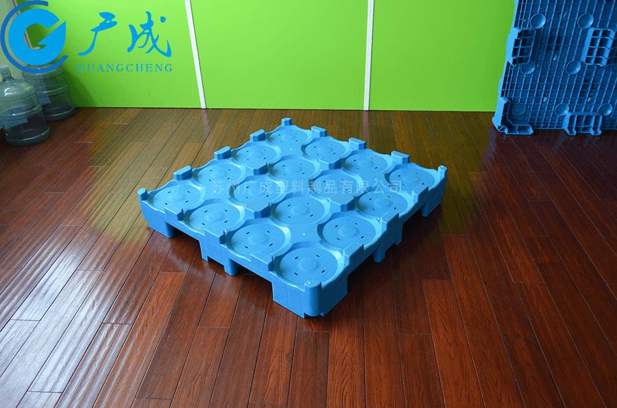 桶裝水1080九腳塑料托盤45度特寫