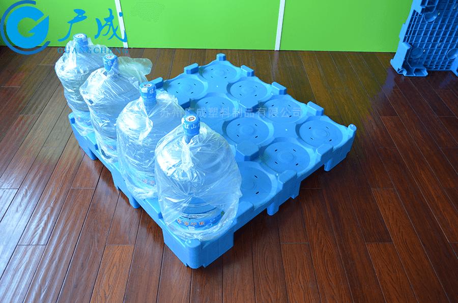 桶裝水1080九腳塑料托盤裝載實拍