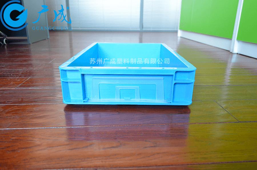 TP341B物流箱卡夹位置