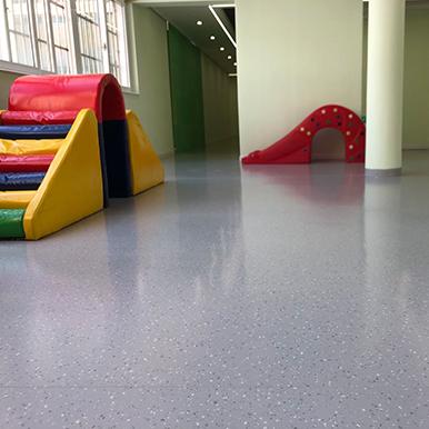 PVC复合卷材胶地板