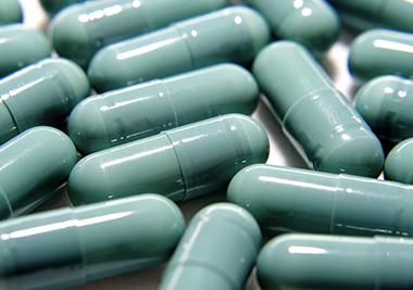 藻蓝色素在糖衣药片上的应用