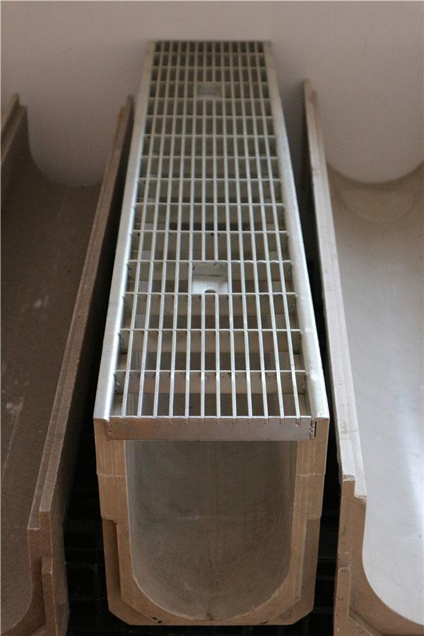 树脂制品排水沟有多少好处?