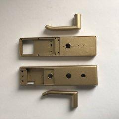 金属件智能锁喷漆