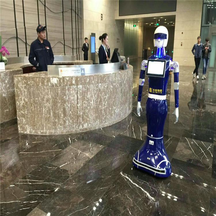 服务机器人案例-酒店迎宾