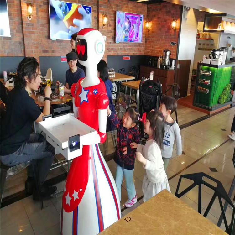 送餐机器人案例-深圳橙光智能餐厅