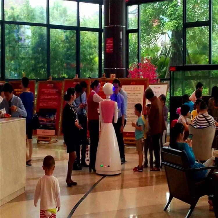 送餐机器人案例-天河大酒店