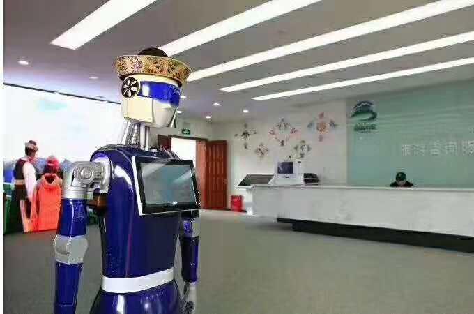 西藏服务旅游区蓝豆大白机器人案例