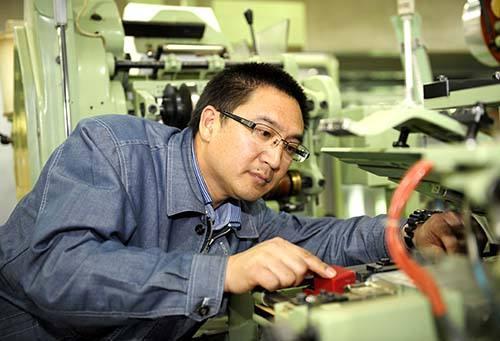 发动机和发电机组各类维修服务