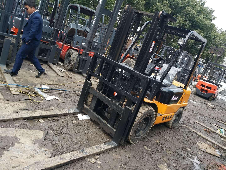 二手3.5吨杭州叉车