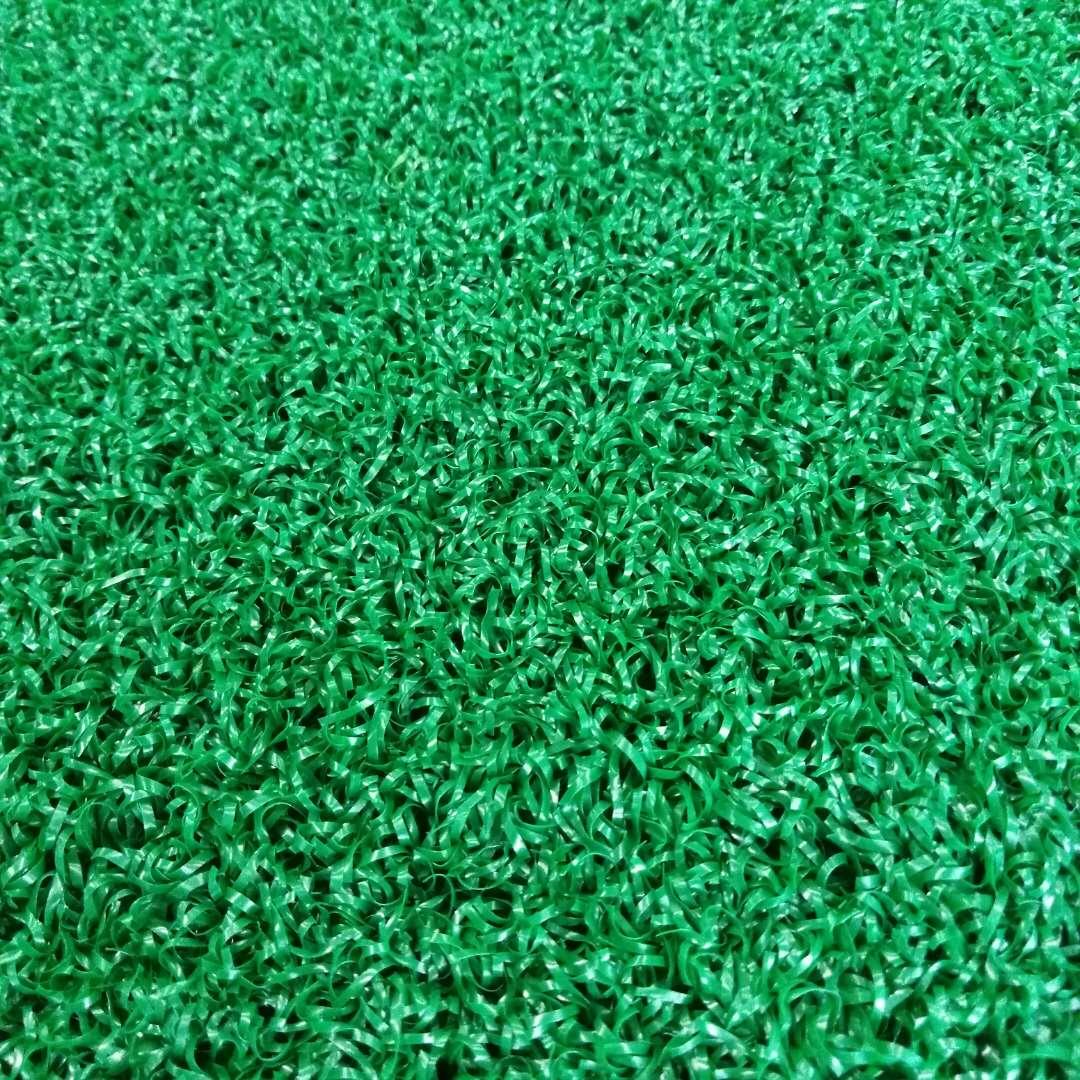 关于足球场人造草坪的分类方法