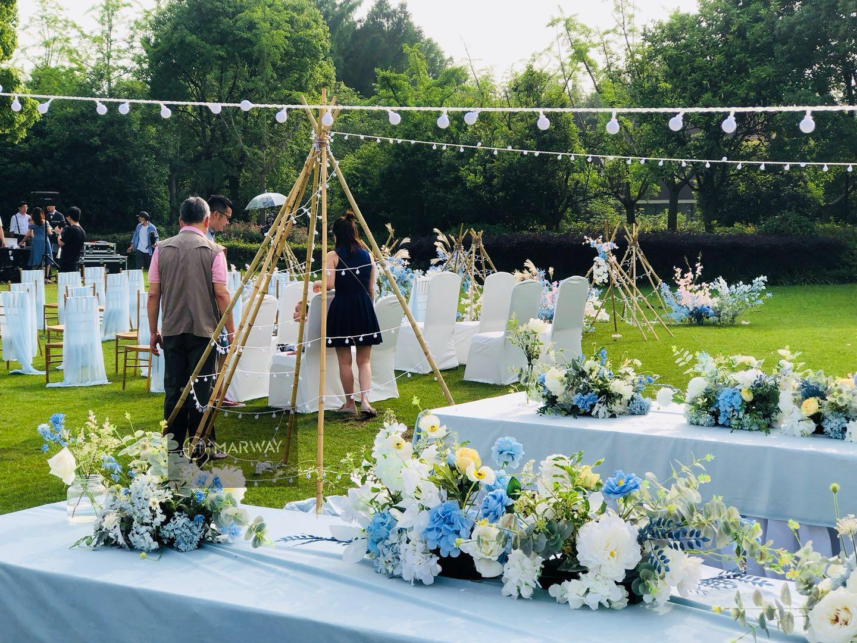 月神庄园草坪婚礼派对举行