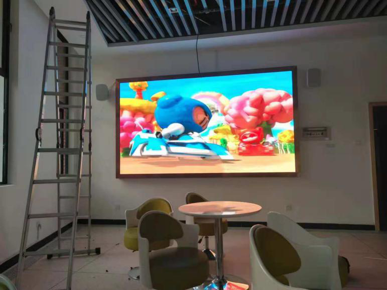环亚ag8801/C  P4 室內全彩  LED顯示屏