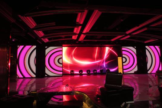 环亚ag8801/v2.5室內全彩LED顯示屏