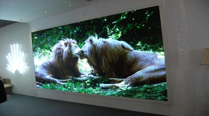 环亚ag8801/D1.875室內全彩LED顯示屏