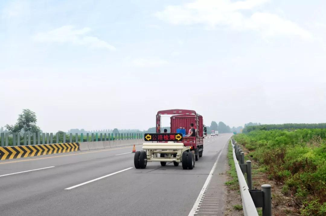 高远道路隐形病害检测技术