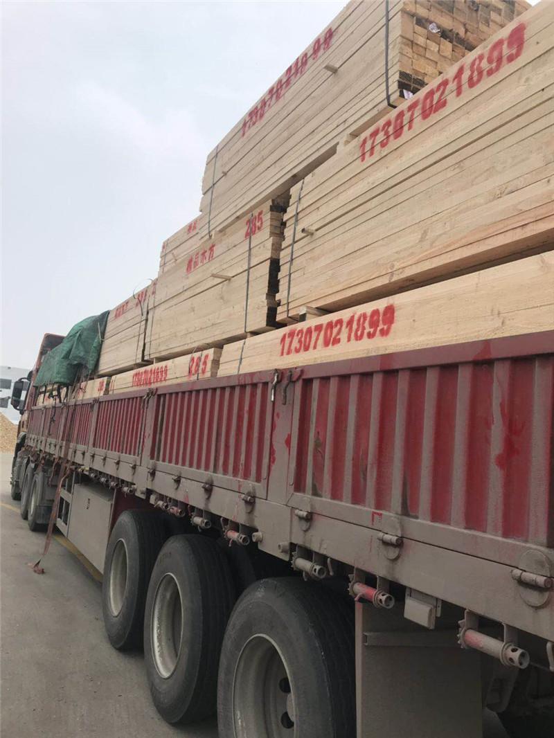 木材加工厂生产基地直销建筑工地,建筑木方价格超乎你的想象