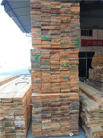 建筑方木板材