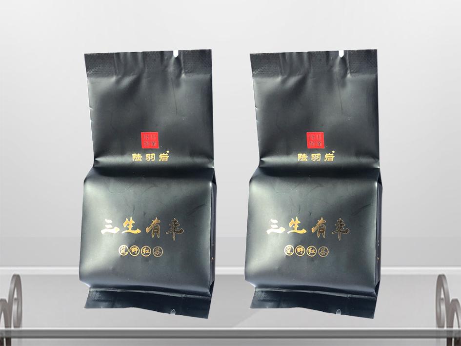 红茶包装袋-烫金效果