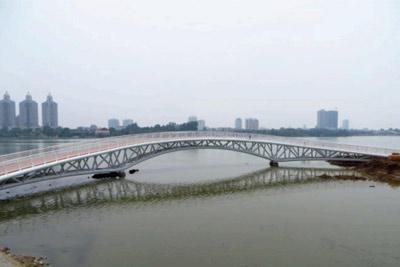 景区吊桥的安装要点有哪些?