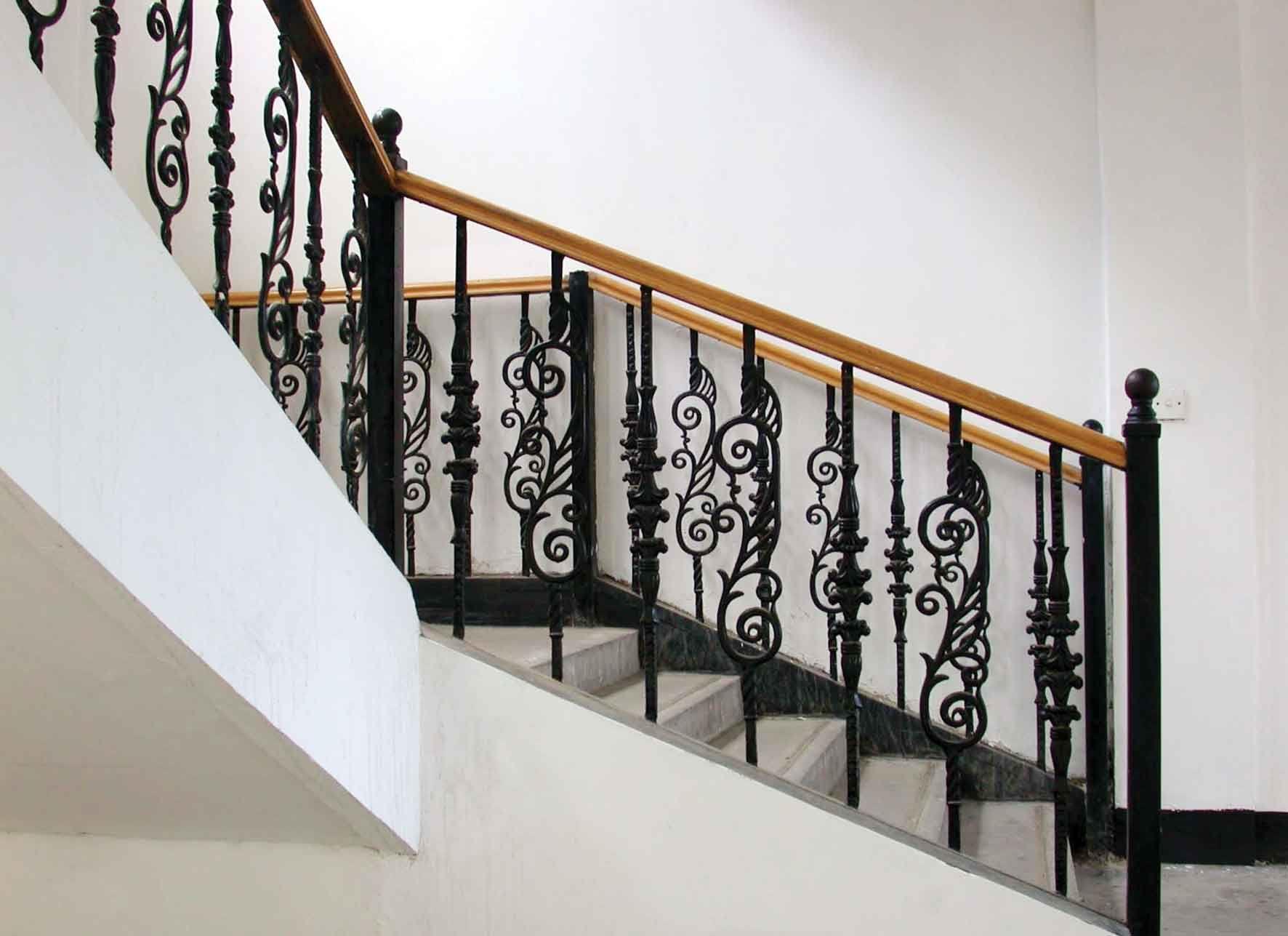 锌钢楼梯扶手护栏