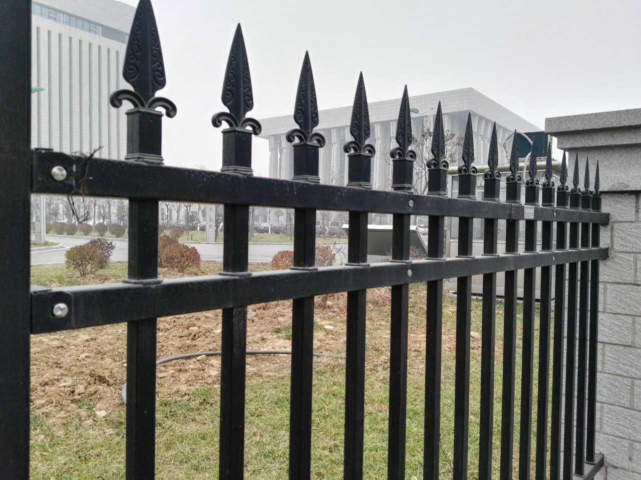 三横梁铝艺围墙护栏