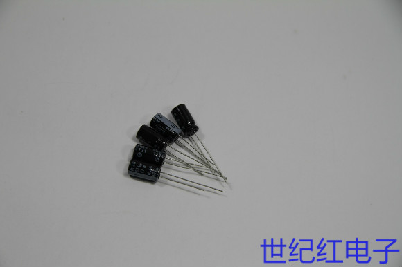 全新日本ELNA滤波插件电解电容 47UF 63V 黑底白字