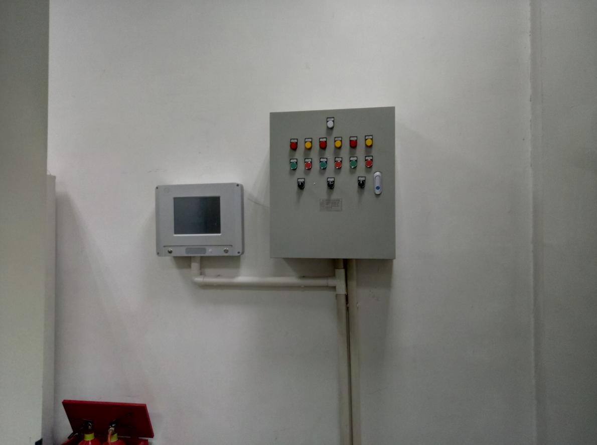 韦弗斯-安阳东站SF6气体检测报警系统系统安装现场