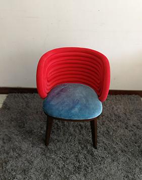 北欧实木餐椅