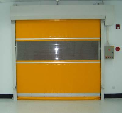 PVC快速卷帘门会不会散发有害气体?