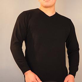 黑色男款羊绒衫