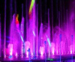 四川南部八爾湖音樂噴泉