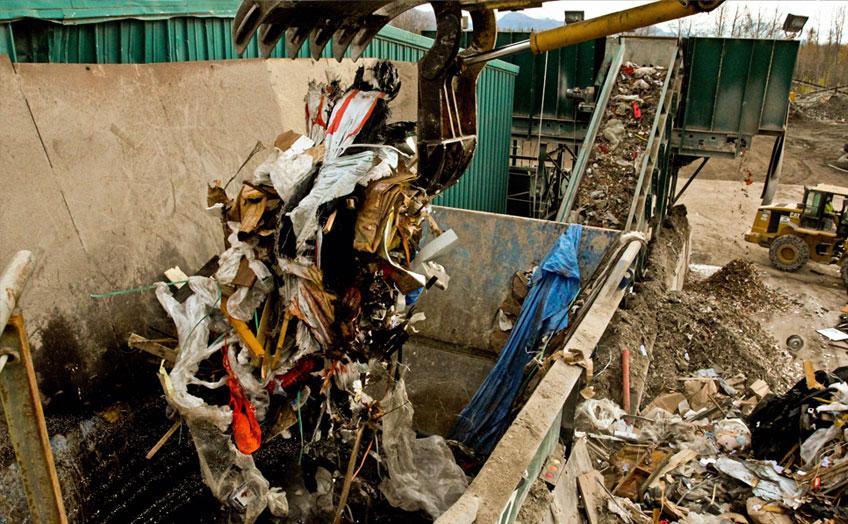 建材与爆破碎屑的处理方案