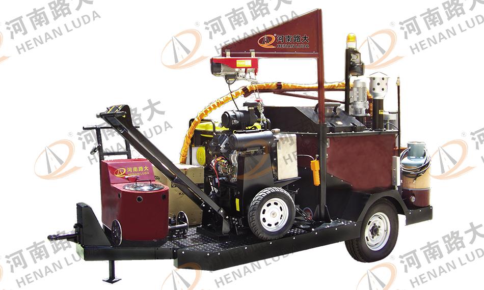 LD-Q650D型牵引式路面灌缝机