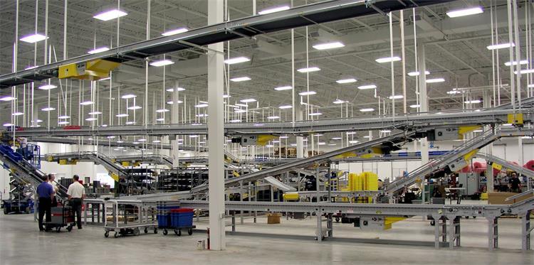 专业的LED工矿灯生产厂家百氏兴照明科普下大功率LED工矿灯特点