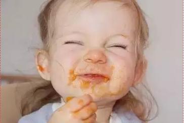 自己吃饭,快乐香香