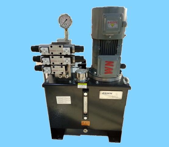 太陽能槽式熔鹽光熱跟蹤發電液壓系統