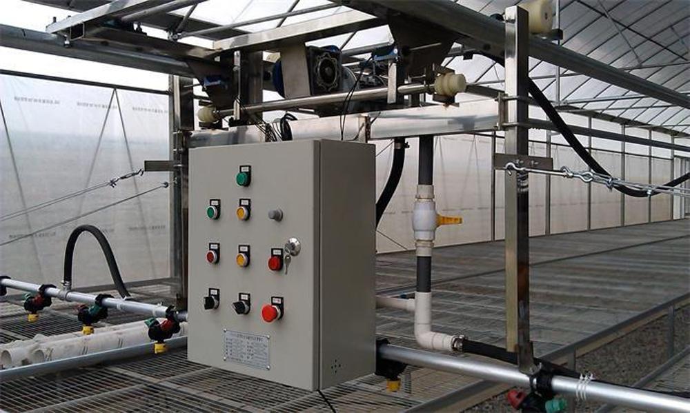 温室育苗平移式喷灌机