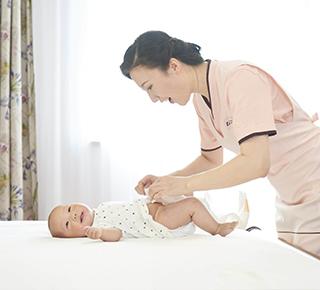 宝宝怎么睡才能利于健康呢