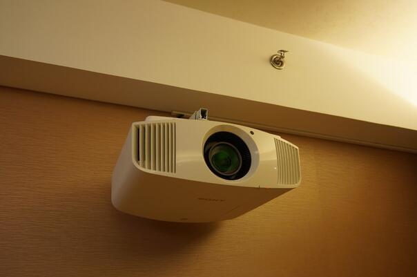 索尼VPL-VW268 4K家庭影院投影机