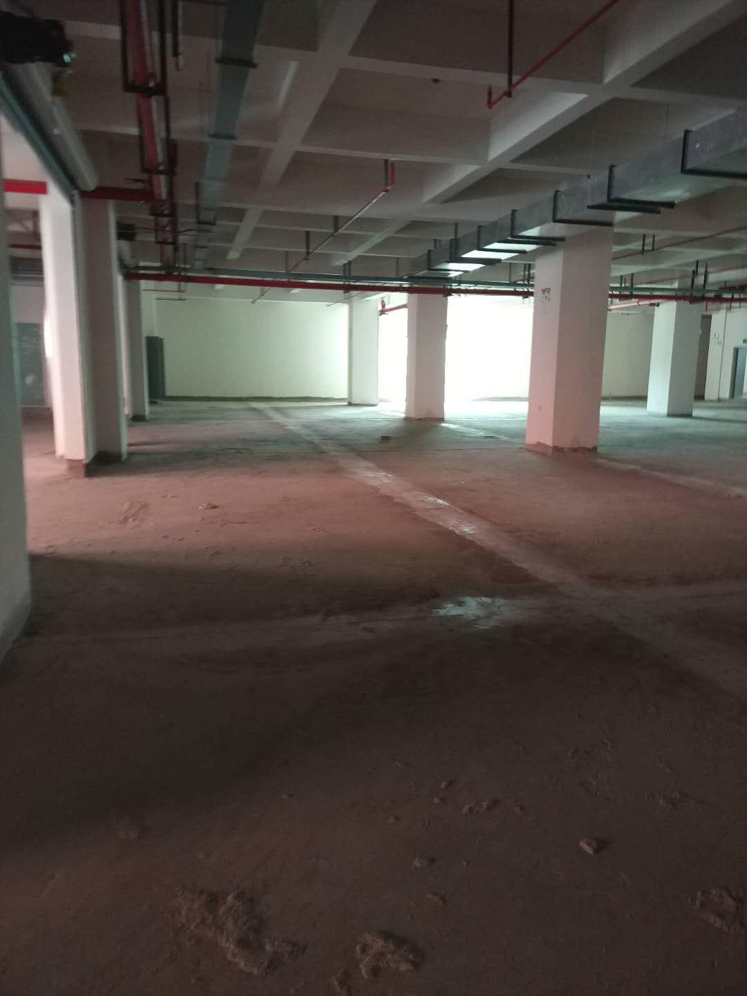 松江区附近70000平方厂房仓库出租,共5栋