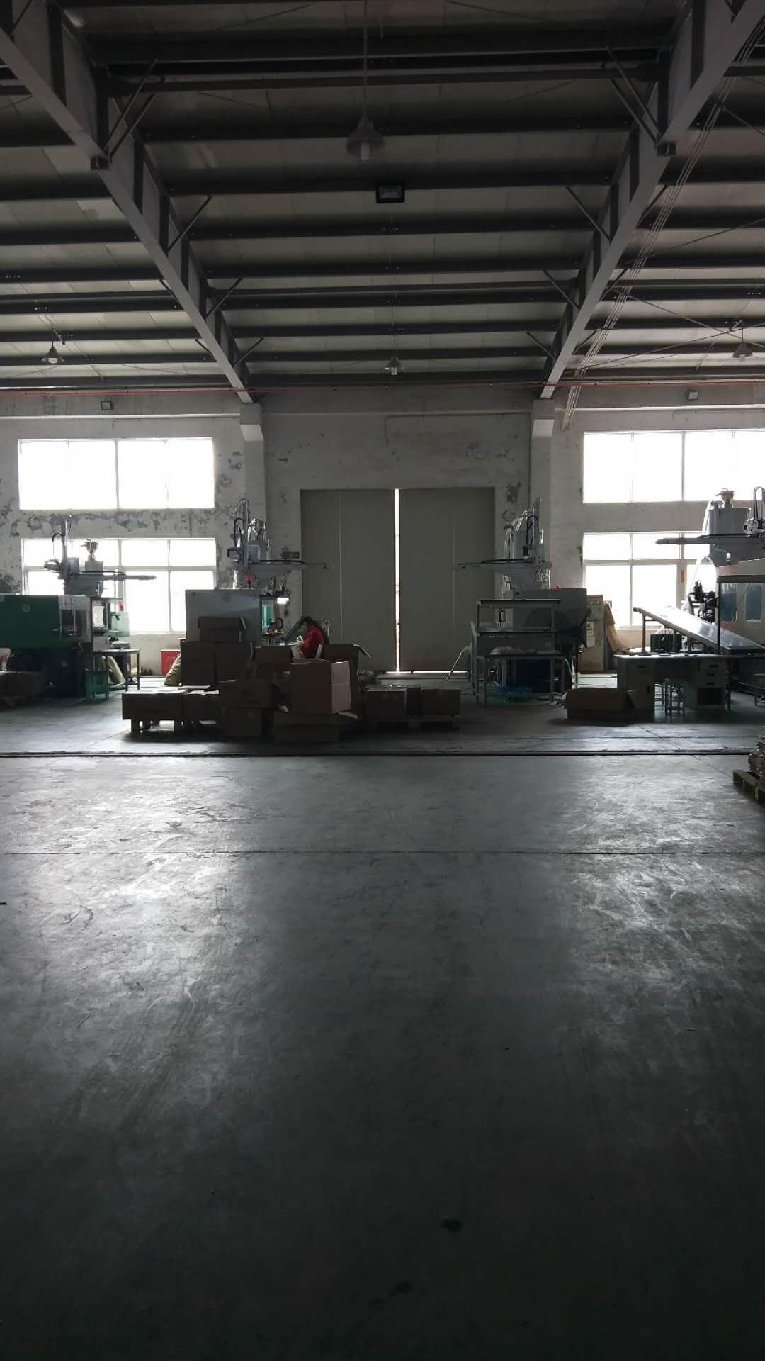 吕巷镇全单层厂房仓库出租,带行车,有绿证